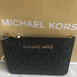 NWT Michael Kors  Small pouch w/Id and keyfob